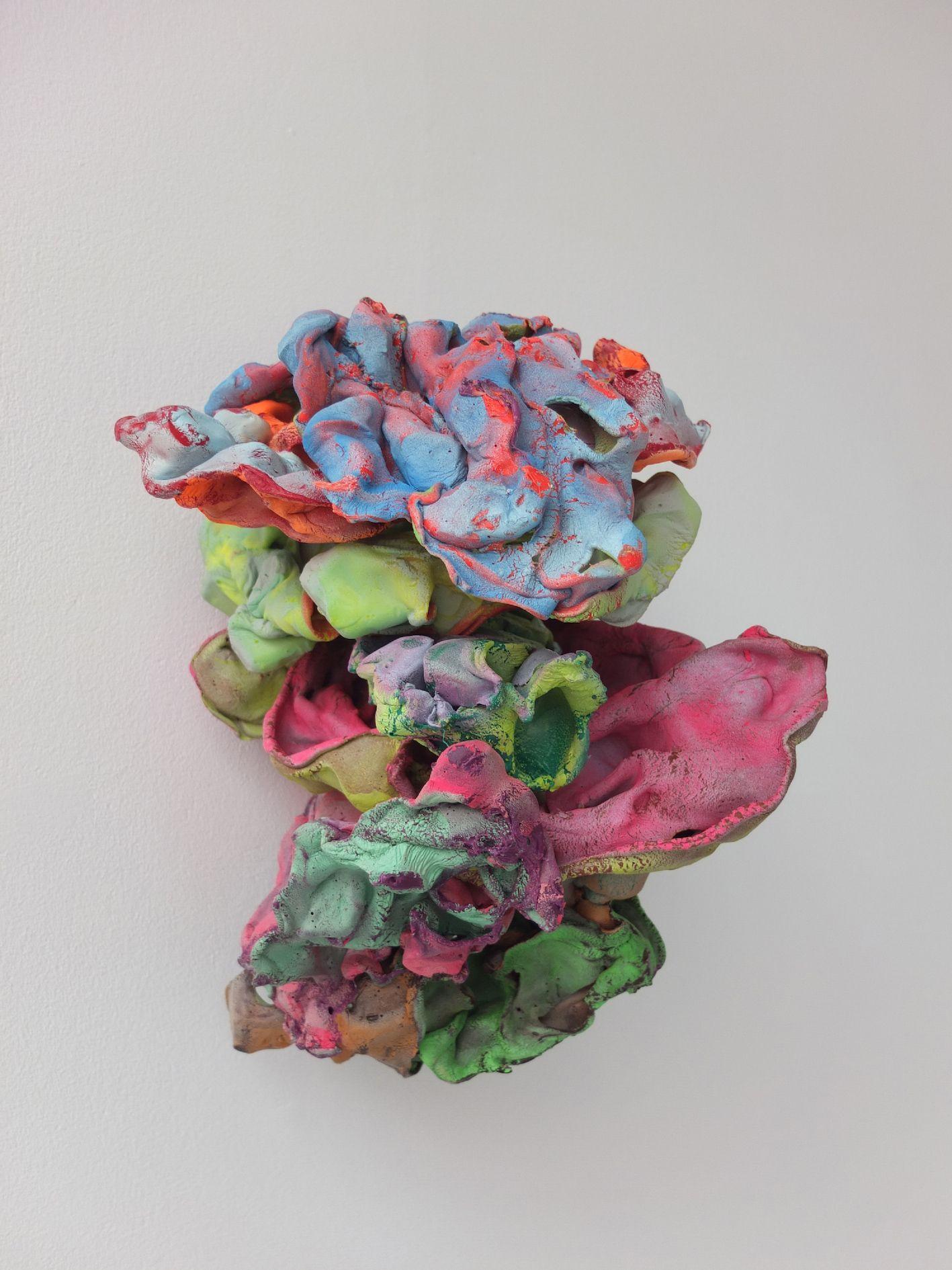 012-samuel-aligand-mue-2015-plastique-pigment-et-peinture-32x25x31cm-2ec2047d8d68b81796cefba20b7178e3