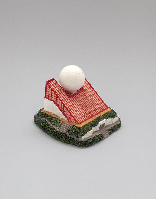leonnieyoung_paysage-2-objets-souvenirs-du-futuroscope-s-rie-futuroscopes-d23e2a80b87eb393b874e73e0cf29c97