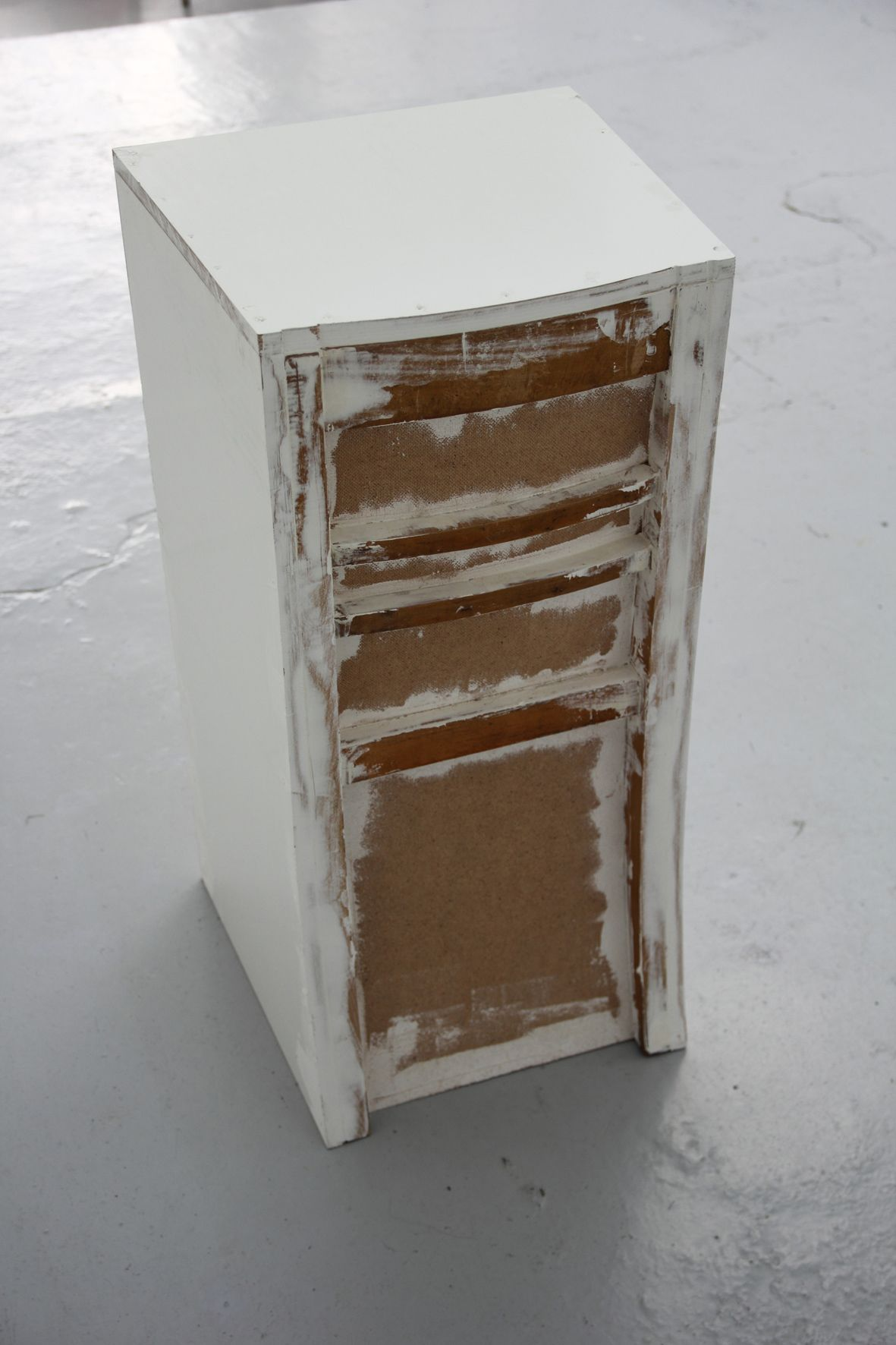 loic-blairon-sans-titre-chaise-2014-bois-et-enduit-86x44x42cm-7876ce5d14e03d3453b00a8eadd4c5c2