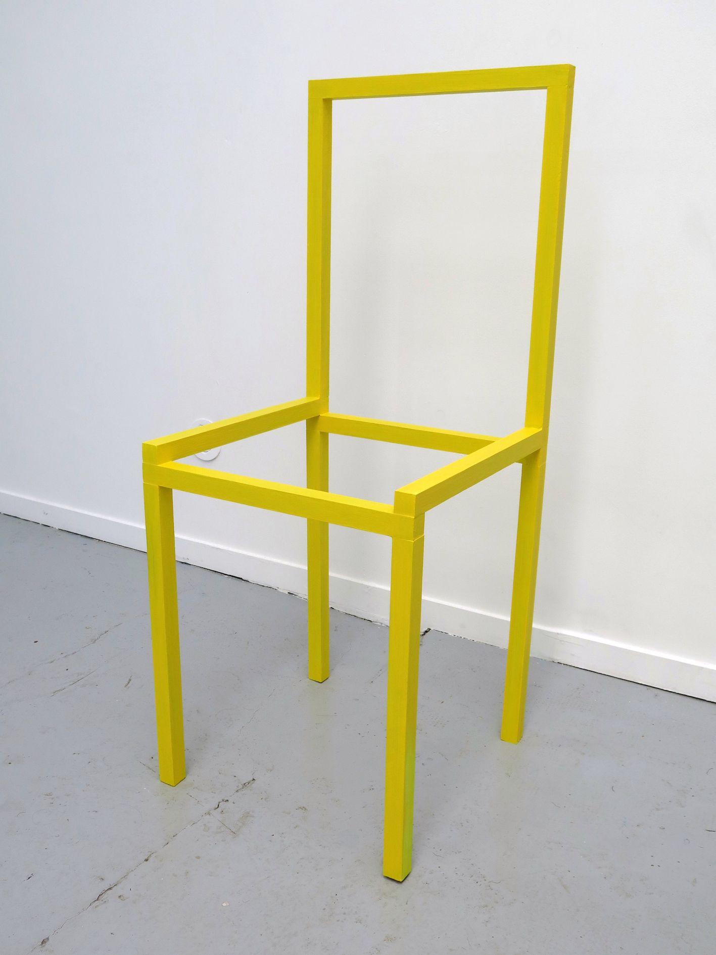 gilles-ellie-chaise-jaune-2016-bois-peinture-acrylique-98x40x40cm-01ced6ad8c017d0dcc3693cc0ca689b4