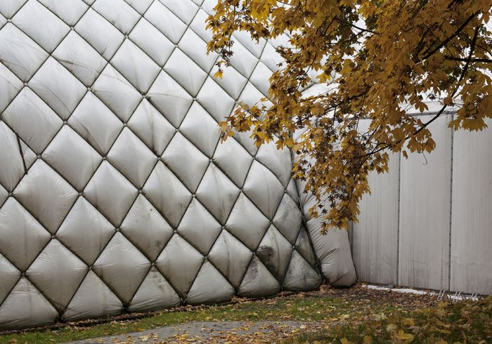 leonieyoung_wall-wroclaw-stadium-olimpijski-s-rie-pack-your-bags-wroclaw-dd6e4aa733411f0d06594a25dfe8b493
